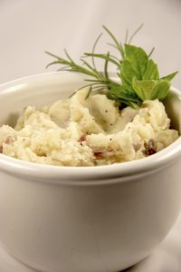 Herb Garlic Mashed Potatoes (Recipe)