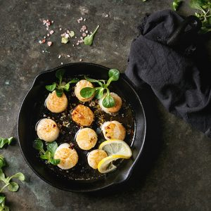 Seared Scallops with Lemon Butter Sauce