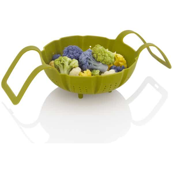 ZACMISB22 Silicone Steamer Basket with food