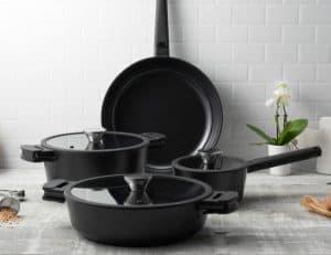 Noir Cookware Collection 4