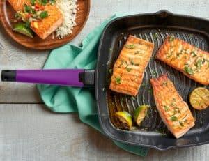 Grill Pan lifestyle - purple handle