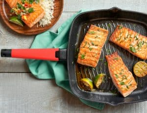 Grill Pan lifestyle - red handle